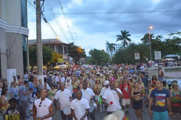 Janeiro e Fevereiro - Pré Carnaval